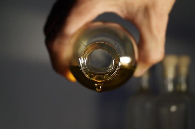 essential-oils-2918183_960_720